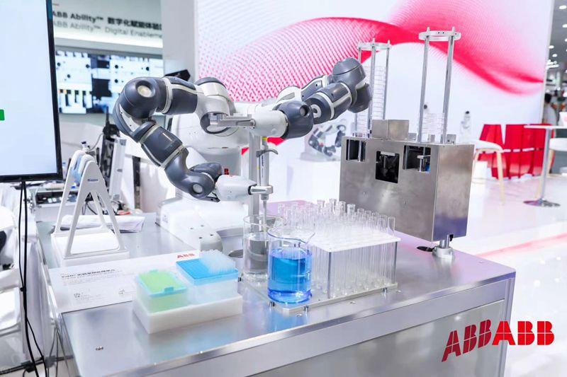 ABB亮相工博会:引领数字化智能化的未来