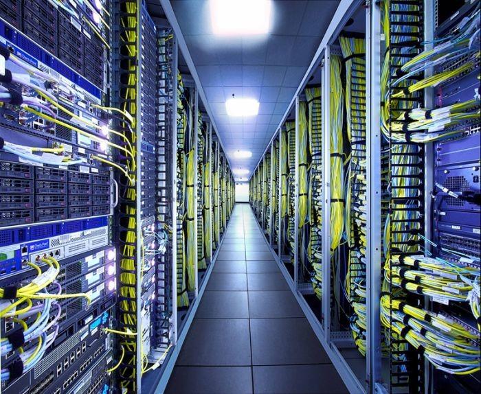 变频器与电机如何高效冷却数据中心?